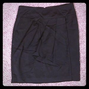 Banana Republic Black Pleated Skirt Size 2